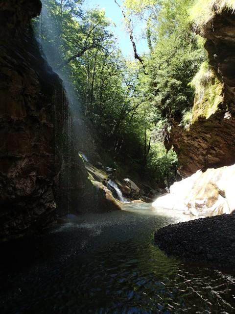 Garganta del rio Irués